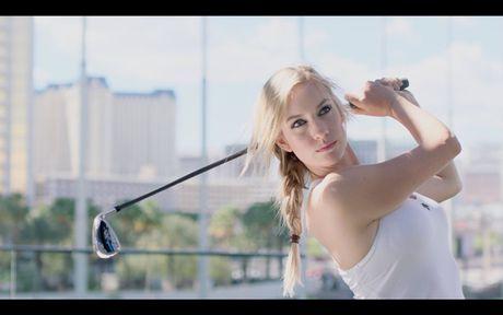 Paige Spiranac - Nu golf thu dang lam dien dao cong dong mang - Anh 3