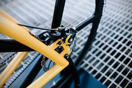 Viks GT Bike – xe dap phong cach sieu xe Lamborghini - Anh 6