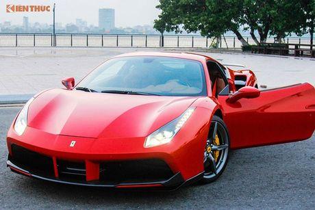 Dan choi Da Nang chi tien ty do sieu xe Ferrari 488 GTB - Anh 1