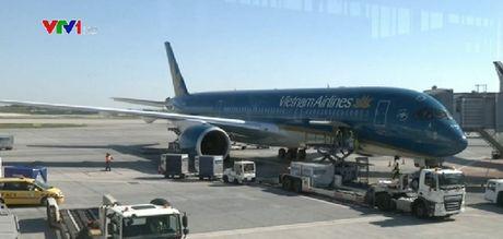 Dua may bay A350 vao khai thac tren duong bay TP.HCM - Osaka - Anh 1