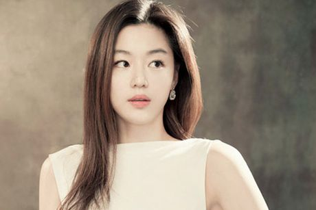"11 dieu co the ban chua biet ve ""co nang ngo ngao"" Jun Ji Hyun - Anh 1"