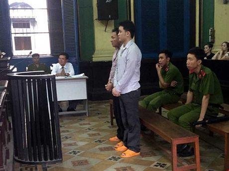 Tranh luan vu no sung lam chet doi tuong chong nguoi thi hanh cong vu - Anh 2