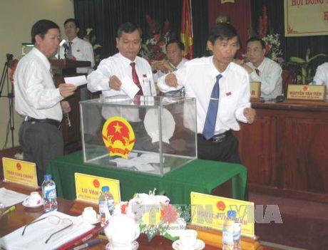Bau bo sung Uy vien Uy ban nhan dan tinh Hau Giang - Anh 1