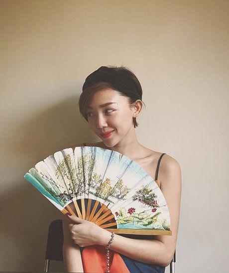 Sao Viet 31/10: Ngoc Trinh boc lua, Noo 'mat phu huynh, nguoi hoc sinh' - Anh 6