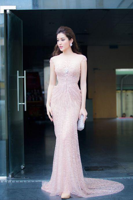 Sao Viet dep tuan qua: Xuyen thau len ngoi - Anh 7