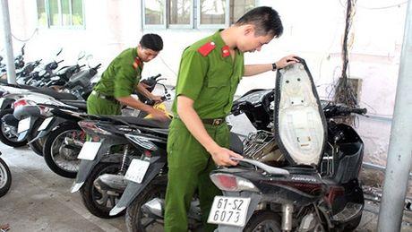 Ban than muon xe roi mang di cam co phai lam the nao? - Anh 1