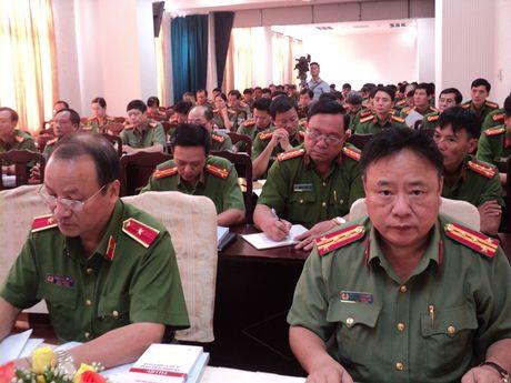 Khai giang lop boi duong cong tac Dang khu vuc phia Nam - Anh 3