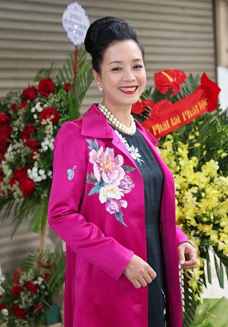 Chieu Xuan khoe nhan sac man ma - Anh 4
