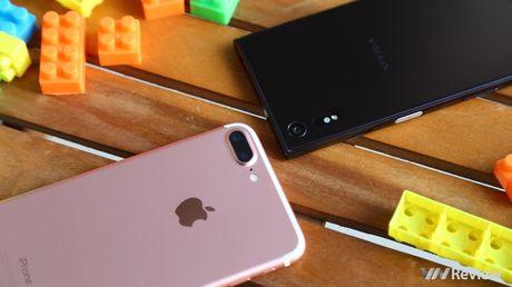 So sanh chi tiet camera Sony Xperia XZ va iPhone 7 Plus - Anh 1