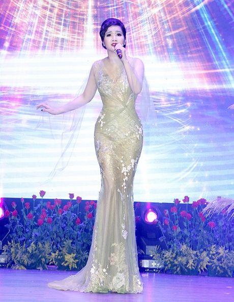 Pham Huong, Ky Duyen long lay, sexy het co - Anh 4