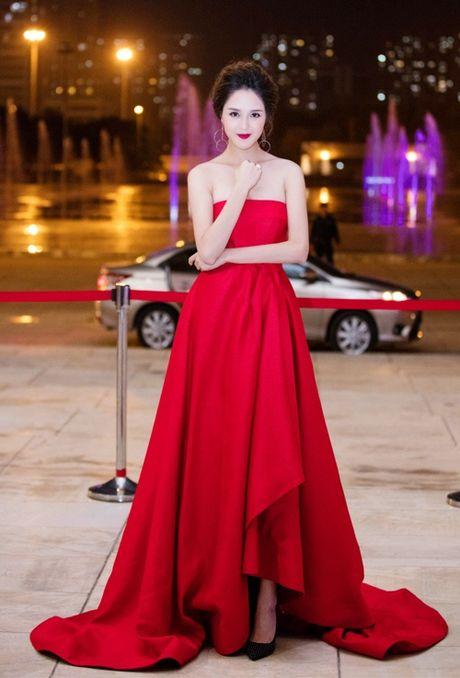 Pham Huong, Ky Duyen long lay, sexy het co - Anh 5