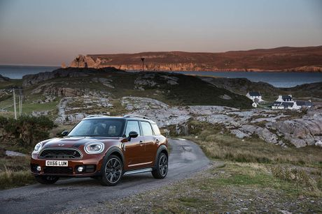 Ra mat crossover MINI Cooper Countryman 2017 the he moi - Anh 6