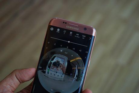 Tren tay Samsung camera Gear 360 gia 7 trieu dong - Anh 14