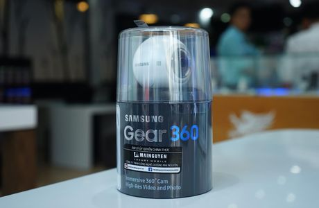 Tren tay Samsung camera Gear 360 gia 7 trieu dong - Anh 17