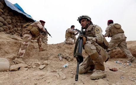 The gioi ngay qua: Them mot thi tran o Mosul duoc giai phong tu tay IS - Anh 4