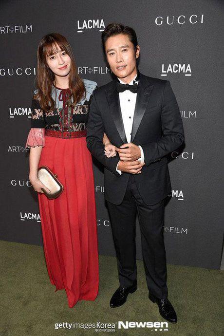 Dan mang Han Quoc che cuoi nhiep anh Hollywood kem coi khien sao Han 'xau la' - Anh 11
