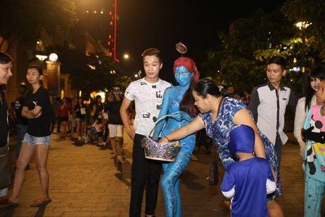 Su that ve dan chan dai gay nao loan TP.HCM dem Halloween toi qua - Anh 5