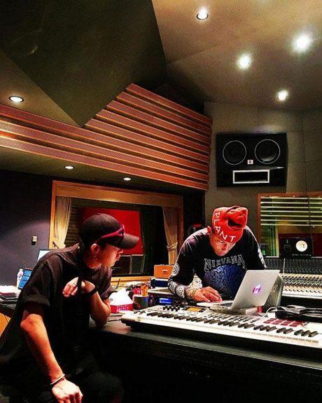 G-Dragon va T.O.P (Big Bang) hop tac voi ong hoang hip-hop My Pharrell Williams - Anh 5