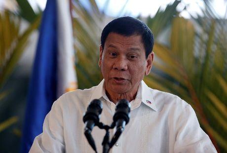 Tong thong Philippines lenh tha 17 ngu dan Viet Nam - Anh 1