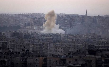Phien quan Syria bi to dung vu khi hoa hoc tai Aleppo - Anh 1
