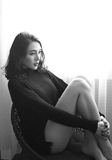 Fan 'dung ngoi khong yen' khi biet tin Le Ha tham du Victoria's Secret show - Anh 2
