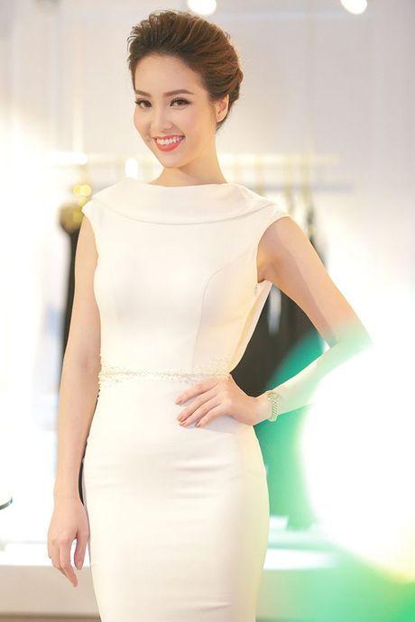 Vu Thu Phuong: 'Xa showbiz, toi thay bang long voi cuoc song hien tai' - Anh 8