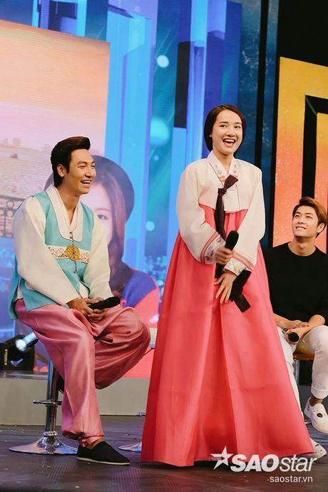 Sau tat ca, Kang Tae Oh da quy goi cau hon va noi 'anh yeu em' voi Nha Phuong - Anh 14