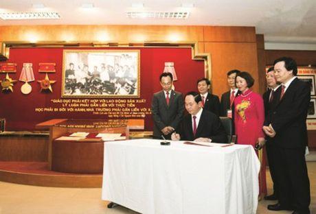 Truong Dai hoc Bach Khoa Ha Noi: 60 nam dong hanh cung dat nuoc - Anh 2