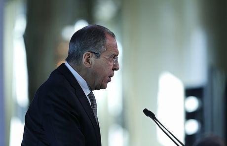 Ngoai truong Lavrov: My cong khai si nhuc Nga ve Syria - Anh 1