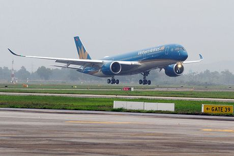 Vietnam Airlines dua them sieu may bay Airbus A350 ve Viet Nam - Anh 1