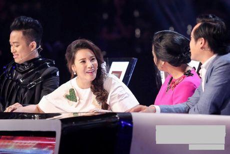 Ho Quynh Huong: 'Khong biet chi Thanh Lam co nhin mat toi khong, con toi van vay' - Anh 1