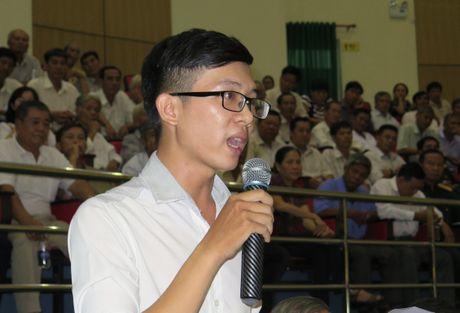 'Cau cuu' ong Dinh La Thang, 53 giao vien duoc cong nhan vien chuc - Anh 1