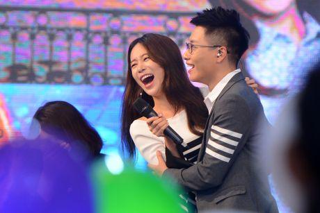 Kang Tae Oh bi ep cau hon Nha Phuong - Anh 11
