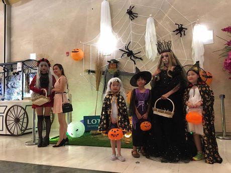 Hoat dong hap dan tai Lotte Department Store dip Halloween - Anh 4