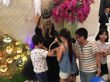 Hoat dong hap dan tai Lotte Department Store dip Halloween - Anh 6