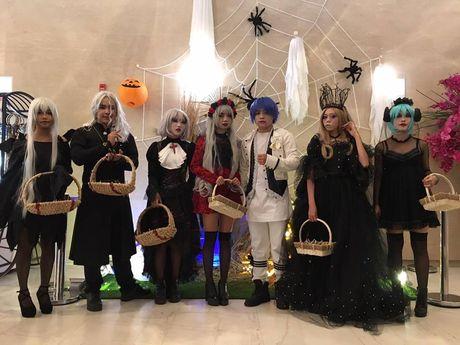 Hoat dong hap dan tai Lotte Department Store dip Halloween - Anh 7