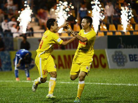 Cau thu U21 Ha Noi T&T an mung nhu Paul Pogba - Anh 7