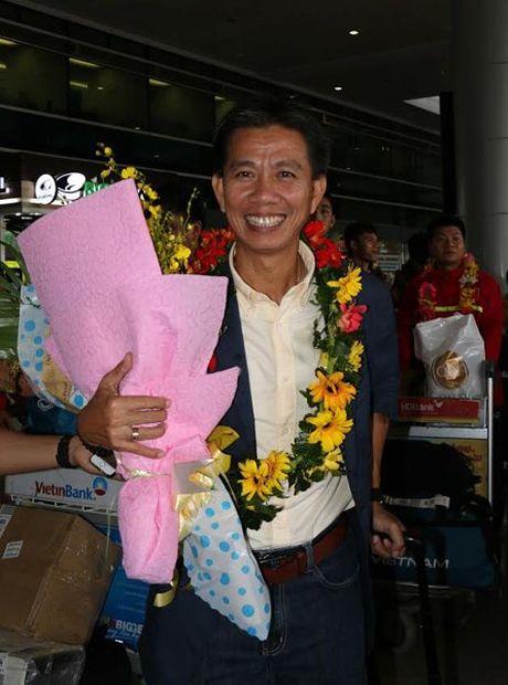 HLV Hoang Anh Tuan: 'U19 Viet Nam con tien xa, neu...' - Anh 1
