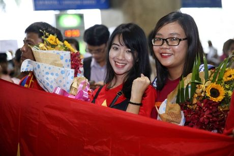 U19 Viet Nam nhan thuong ky luc 2,3 ty - Anh 11