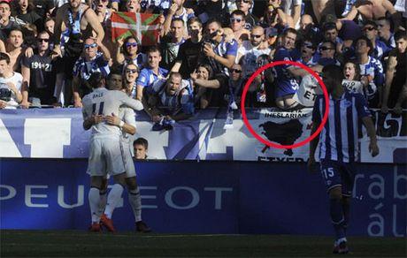 Khan gia tut quan, chong mong ve phia Ronaldo - Anh 1