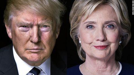 Ong Trump rut ngan khoang cach voi ba Clinton sau tuyen bo cua FBI - Anh 1