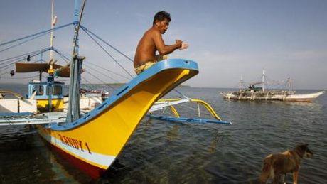 Trung Quoc sua loi Philippines o bai can Scarborough - Anh 1