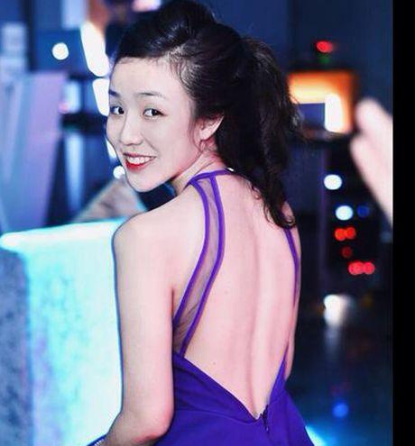 Ngam ban gai 19 tuoi xinh nhu mong dang 'gay bao' cua con trai Hoai Linh - Anh 10
