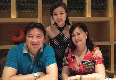 Ngam ban gai 19 tuoi xinh nhu mong dang 'gay bao' cua con trai Hoai Linh - Anh 20