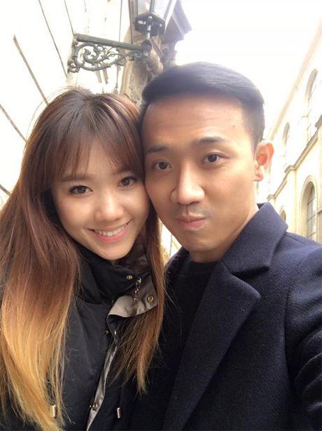Giua on ao le cuoi, Tran Thanh cuc ngot ngao ben ban gai - Anh 2