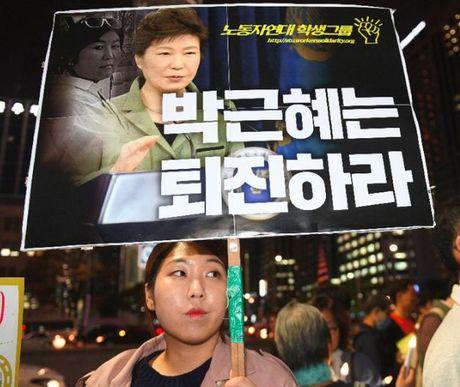 'Co van' bi bat, Tong thong Han Quoc Park Geun Hye se ra sao? - Anh 1