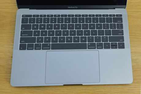 Can canh MacBook Pro 2016 gia 36 trieu dong - Anh 5