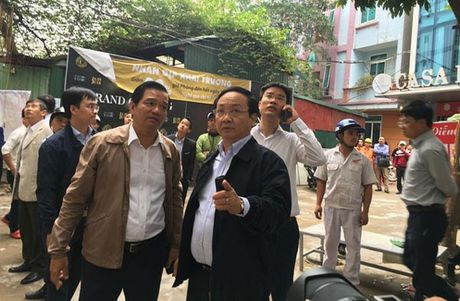 Cap nhat vu chay quan karaoke Tran Thai Tong: It nhat 4 nguoi chet - Anh 1