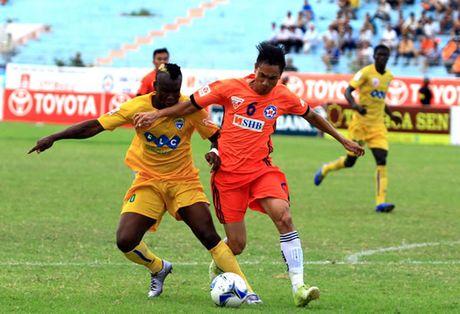 Tan binh V.League 2017 chieu mo thanh cong cuu trung ve SHB Da Nang - Anh 1