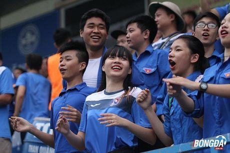 Fan nu 'dot lua' khan dai san Cam Pha - Anh 4